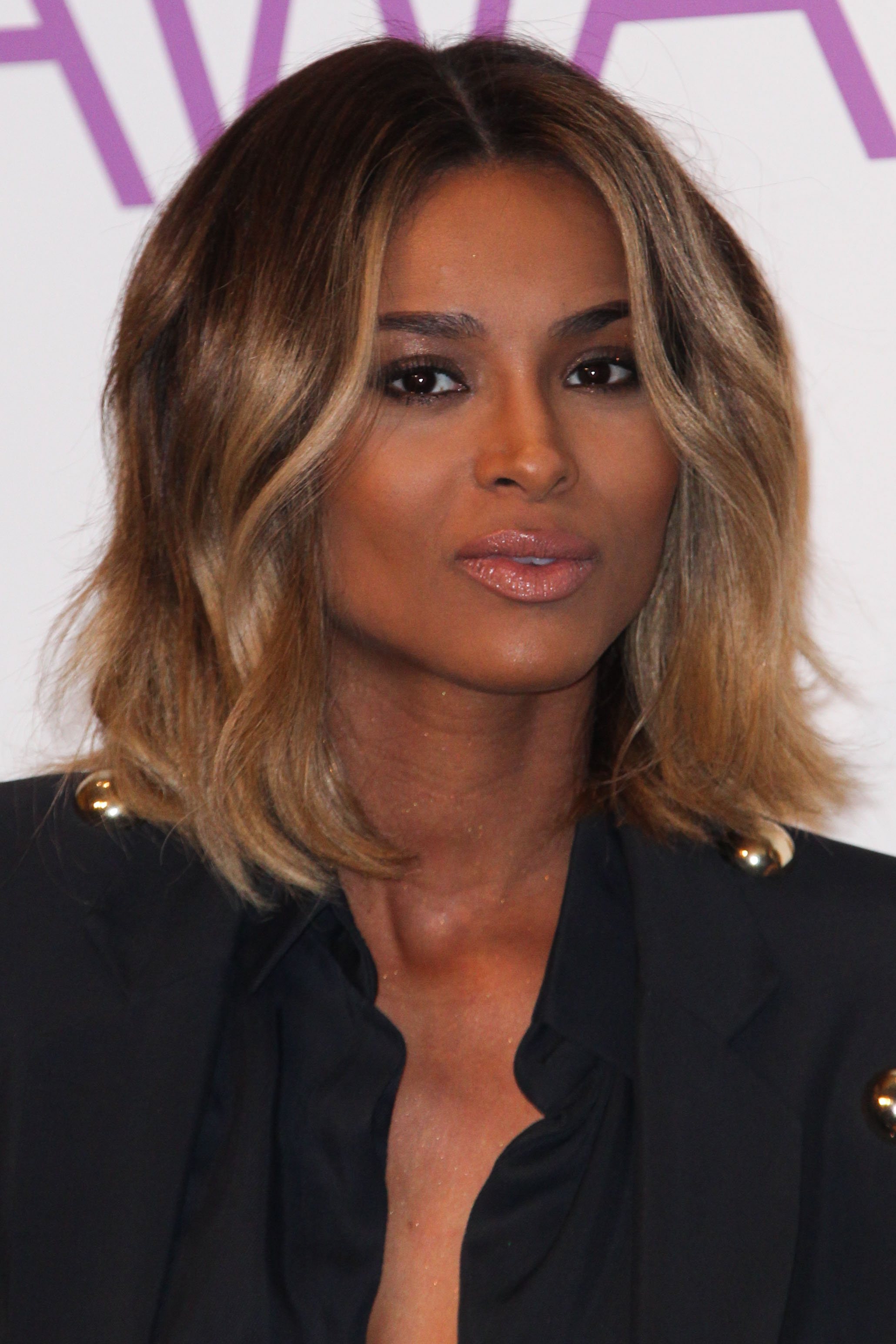 CIARA and FUTURE Announce Engagement Ciara Shows Her 15Carat Ring!!