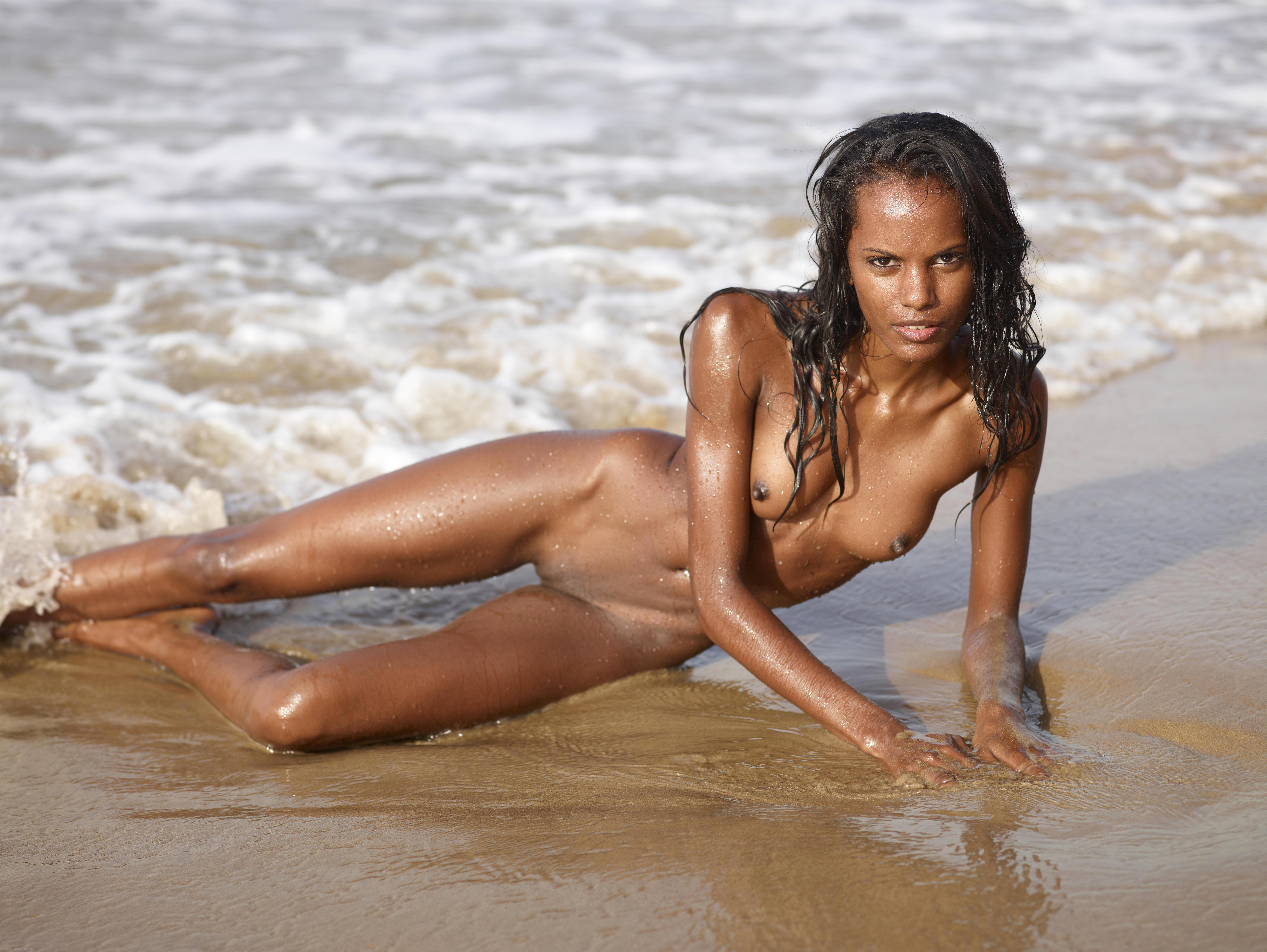 sexy nude girl bangladeshi