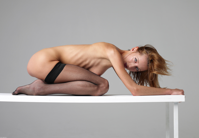 pimpandhost nude lmc-001