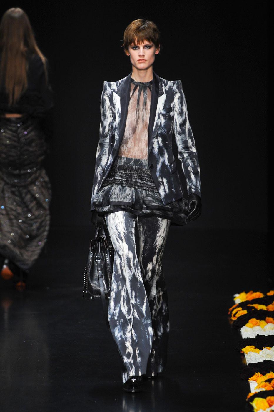 Модная Одежда Роберта Кавали