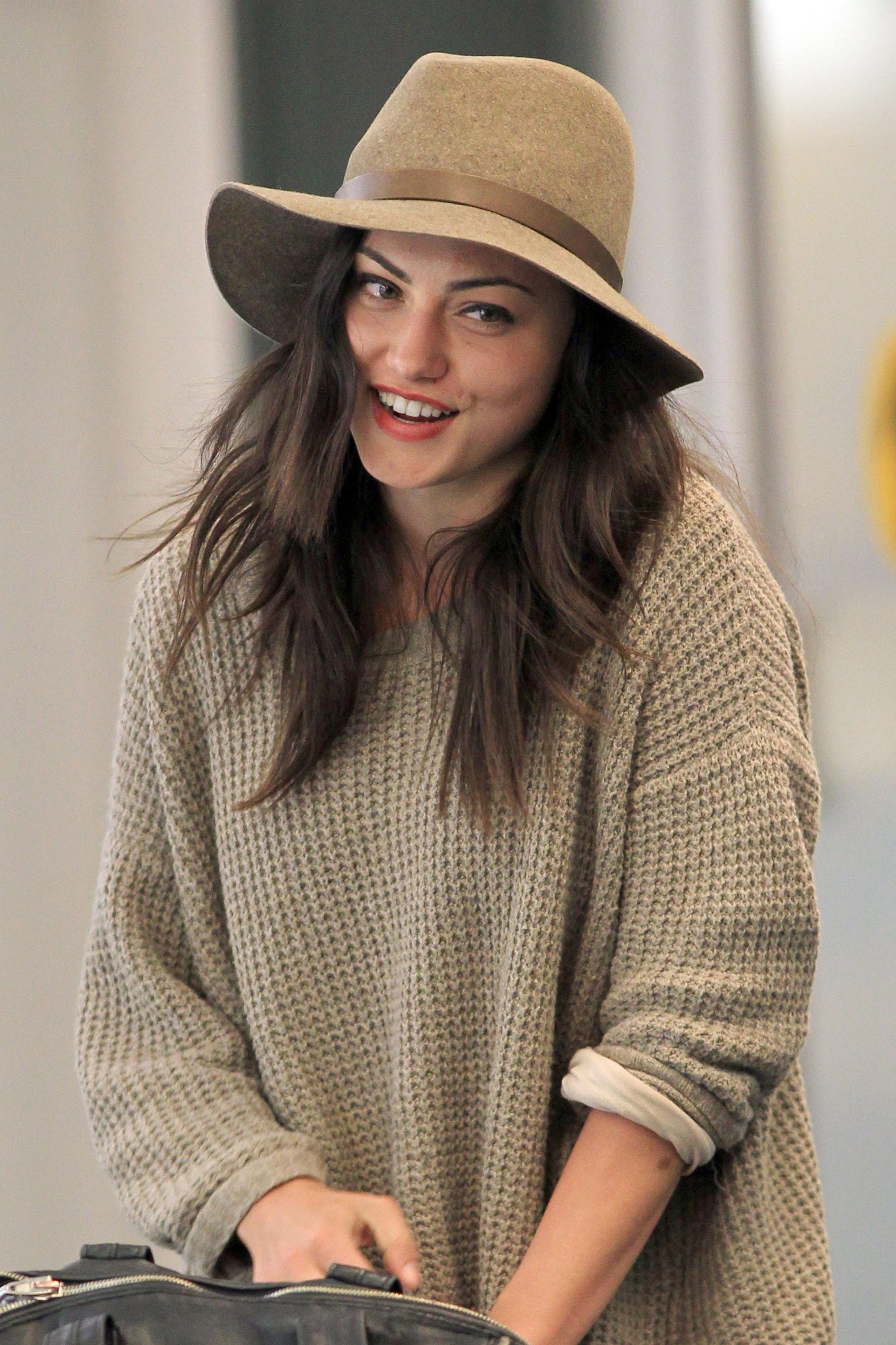 1000+ images about Phoebe Tonkin on Pinterest | Phoebe ...