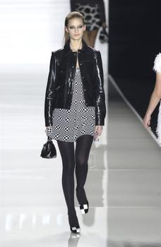 Linda Vojtova - the Fashion Spot 22