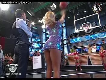 La uruguaya Monica Farro upskirt