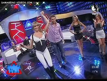 Victoria Xipolitakis en calzas