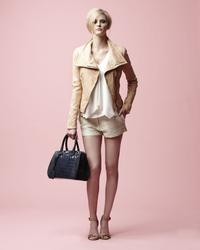 16133727_Danier_Spring_2013_LookBook_11.