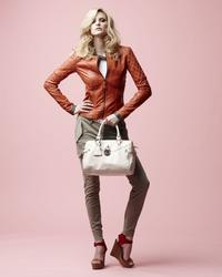 16133749_Danier_Spring_2013_LookBook_25.