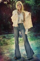 8034158_FreePeople_July_2011_Catalog.jpg