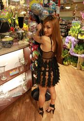 Tila tequila - big upskirt at a grocery store in la 29.03.10